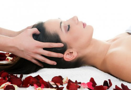 Расслабляющий приятный массаж